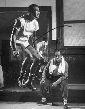 Sugar Ray Robinson skipping to music as a routine in his training camp.  (Photo by Ralph Morse//Time Life Pictures/Getty Images)